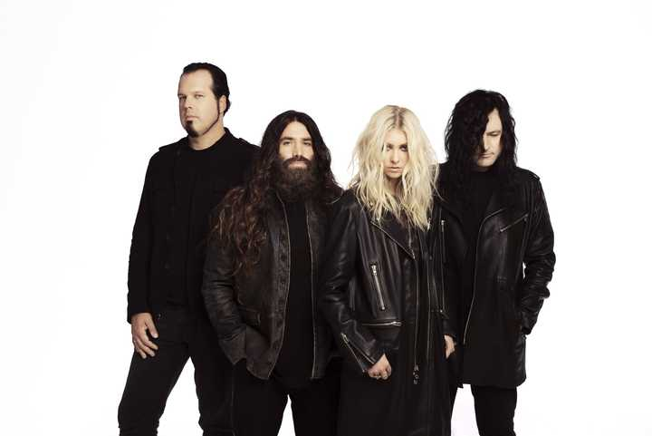 The Pretty Reckless @ CSKA Moscow Stadium - Moscow, Russian Federation