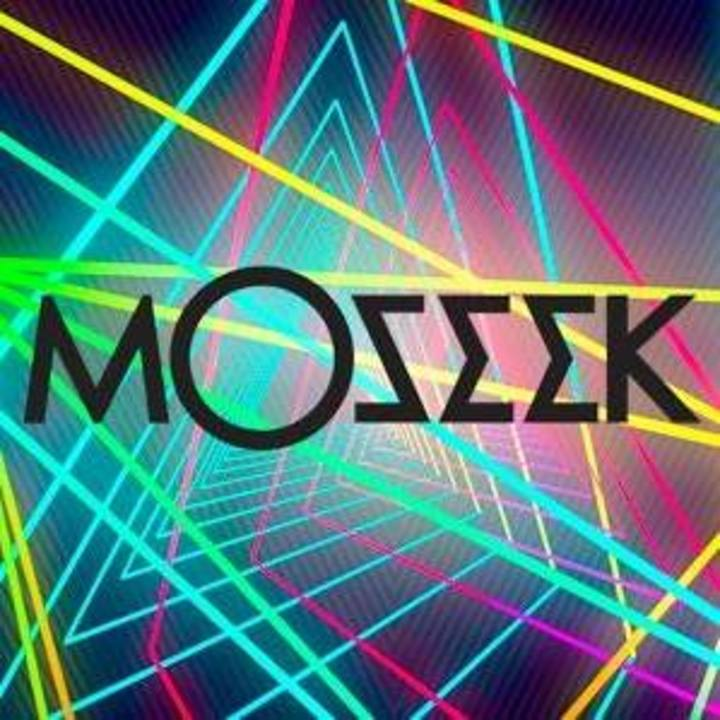 Mosèèk Tour Dates