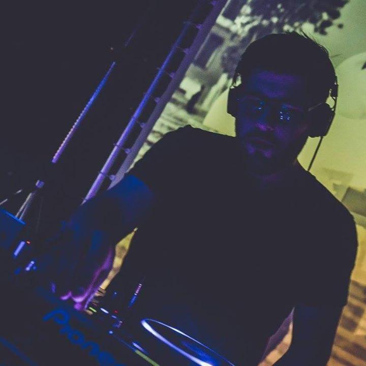 DJ Xavier Tour Dates