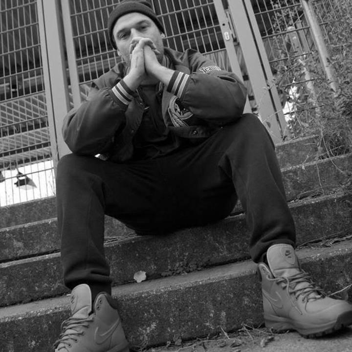 dj yannick robyns Tour Dates
