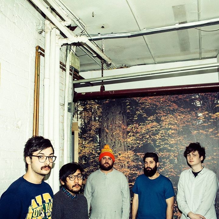 Foxing @ LA MECANIQUE ONDULATOIRE - Paris, France