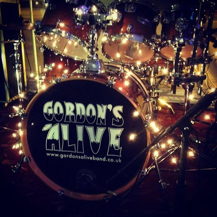 Gordon's Alive Band @ Finn McCoull's - Falmouth, United Kingdom
