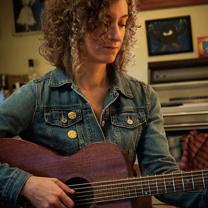 Rayna Gellert @ The Square & Compass - Worth Matravers, United Kingdom