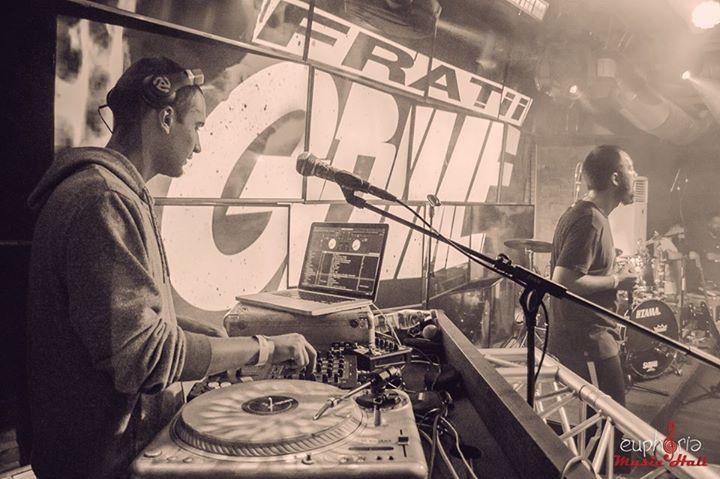 Frații Grime Tour Dates