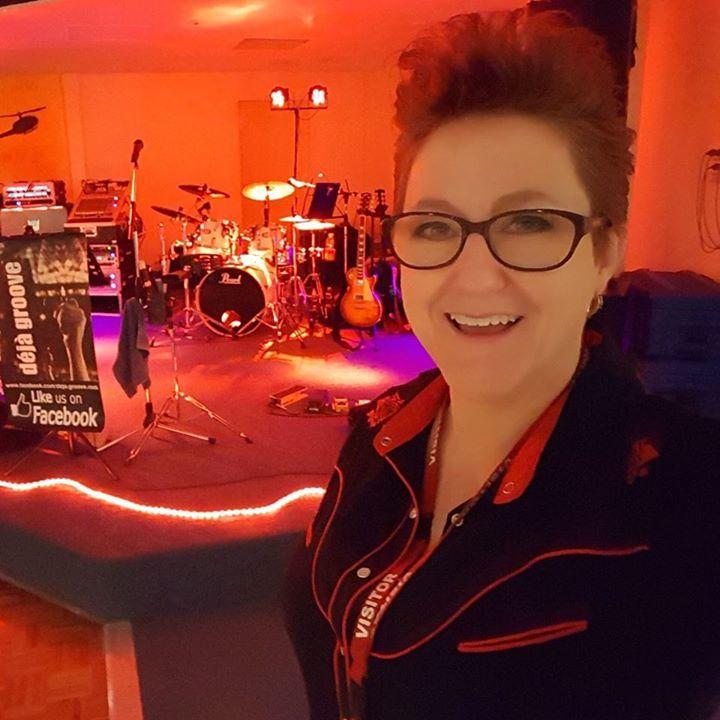 Deja Groove @ The Union Club Hotel - Wagga Wagga, Australia