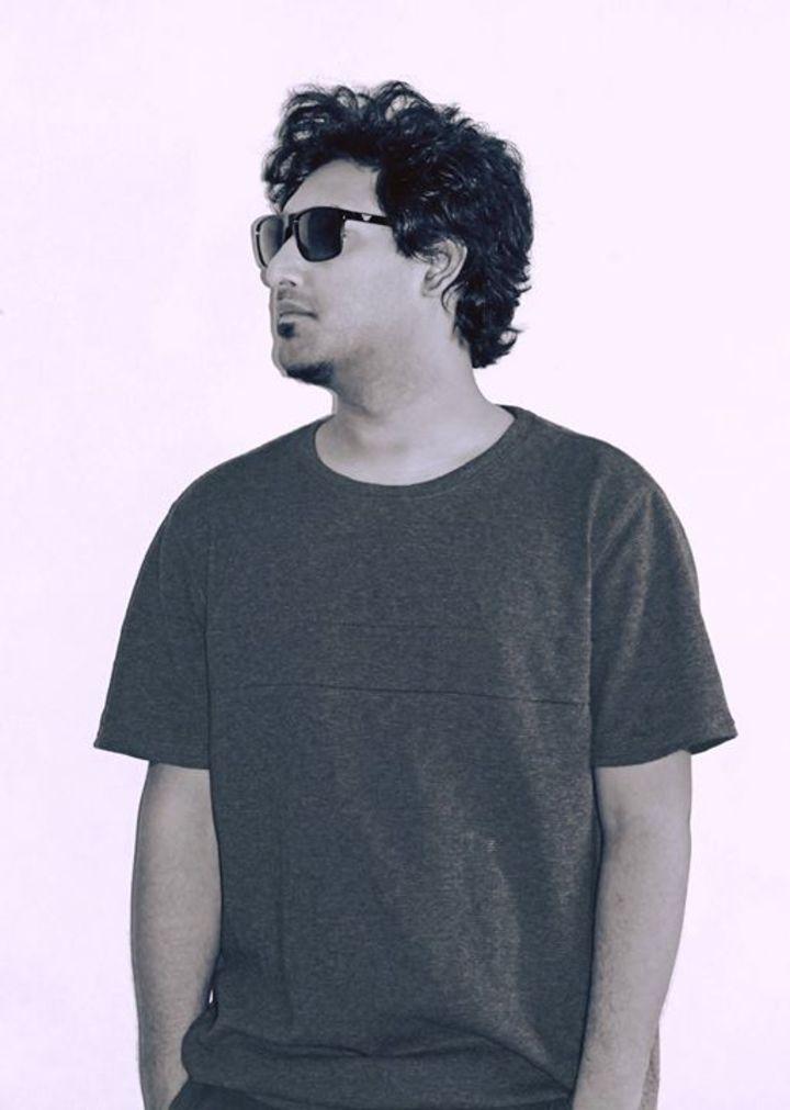 DJ Vivek Tour Dates