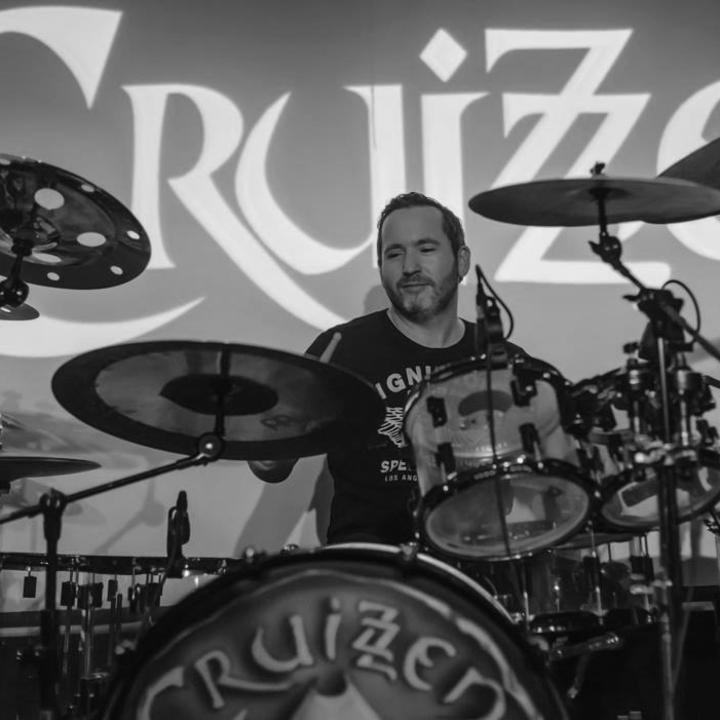 CRUIZZEN Tour Dates