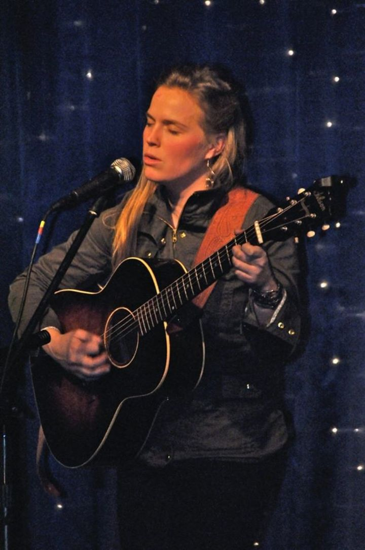 Caroline Cotter @ Broward Folk Club  - Sunrise, FL