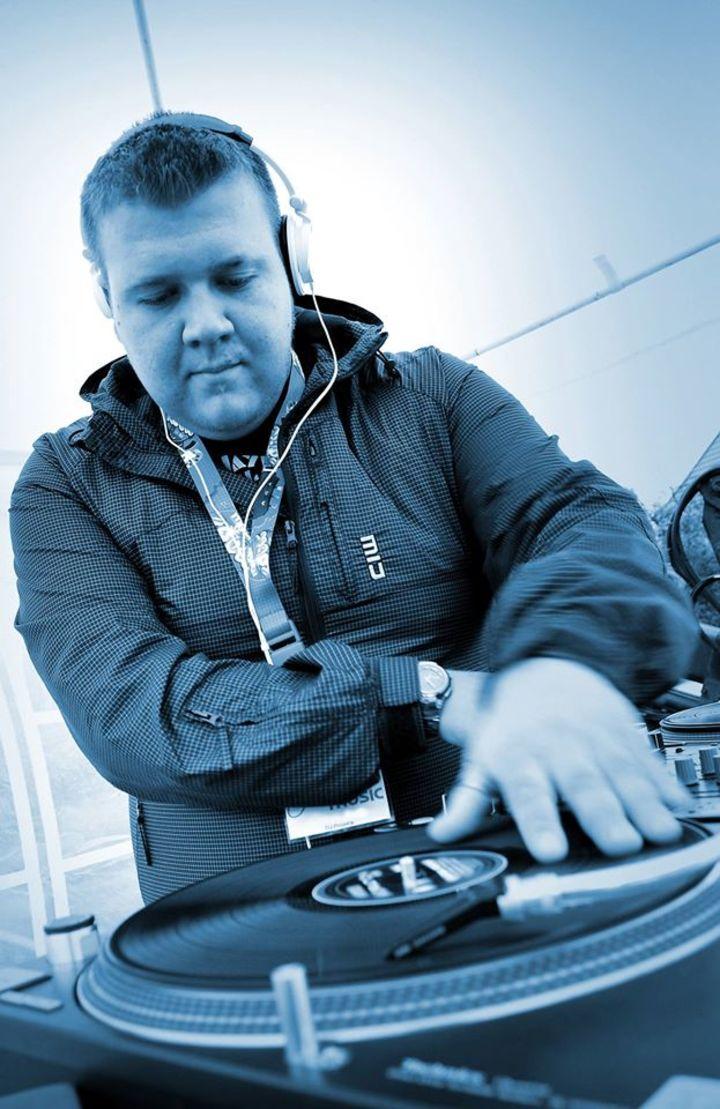DJ derbystarr Tour Dates
