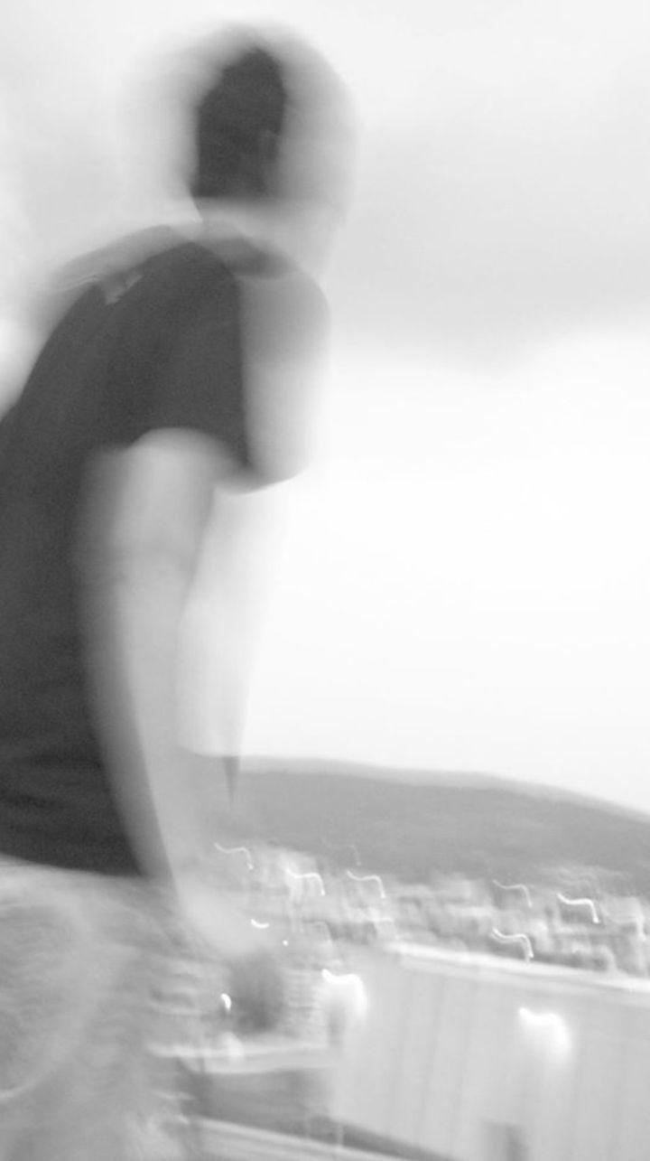 Jhon Giraldo a.k.a Dezzet Tour Dates