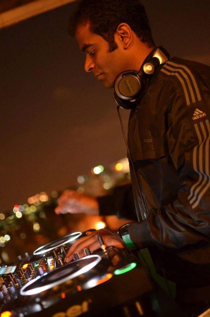 DJ Sandy Tour Dates