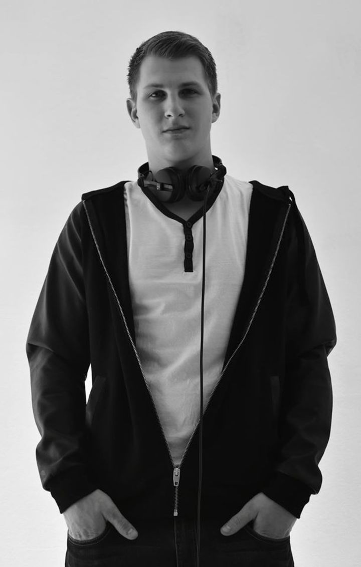 DJ The Floors Tour Dates