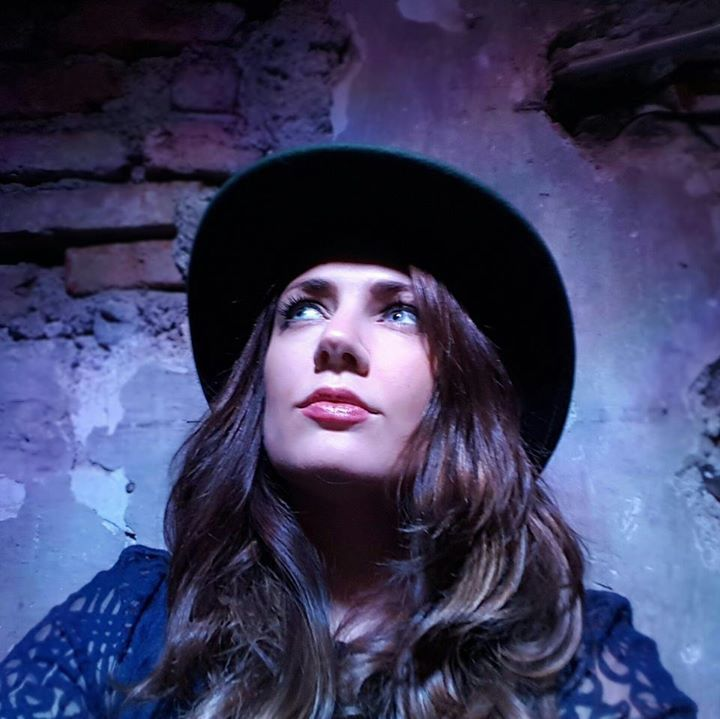 Aoife Scott Tour Dates