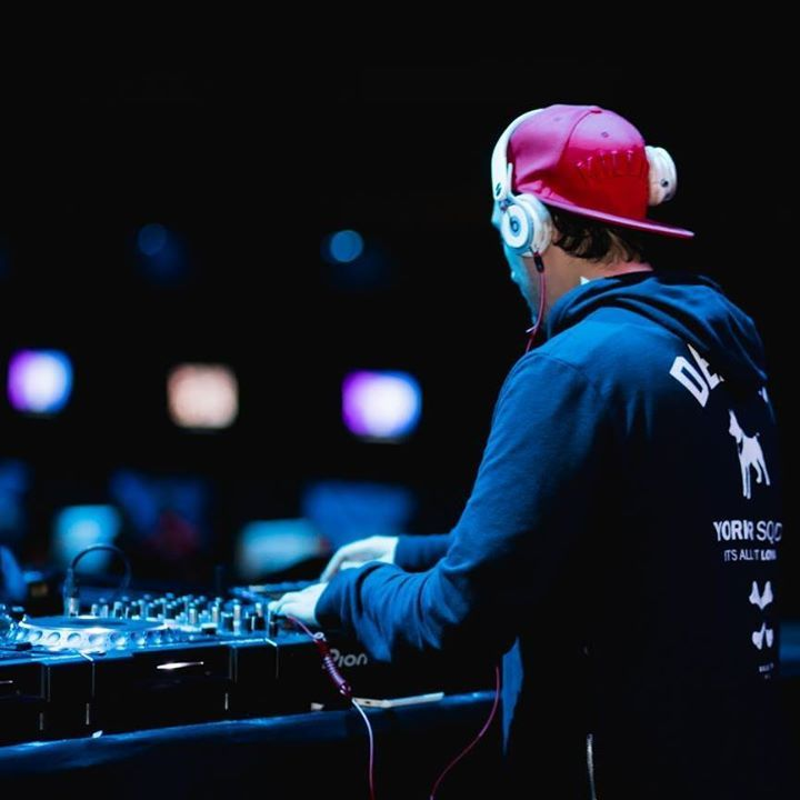 DJ Charlieee! Tour Dates