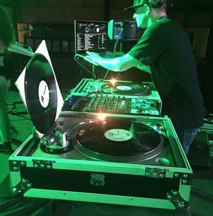 DJ Snow Tour Dates