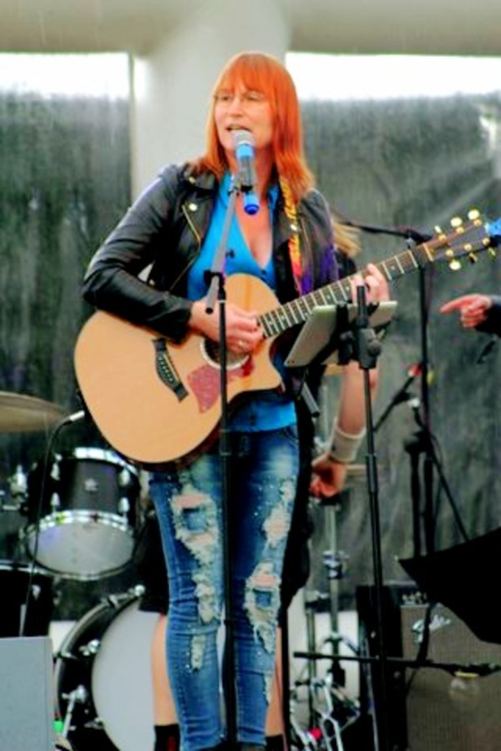 Becky Phillips Tour Dates