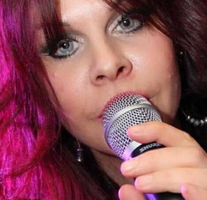 Singer Annalee Tour Dates