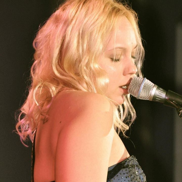 Chantel McGregor @ Harpenden Public Halls - Herts, United Kingdom