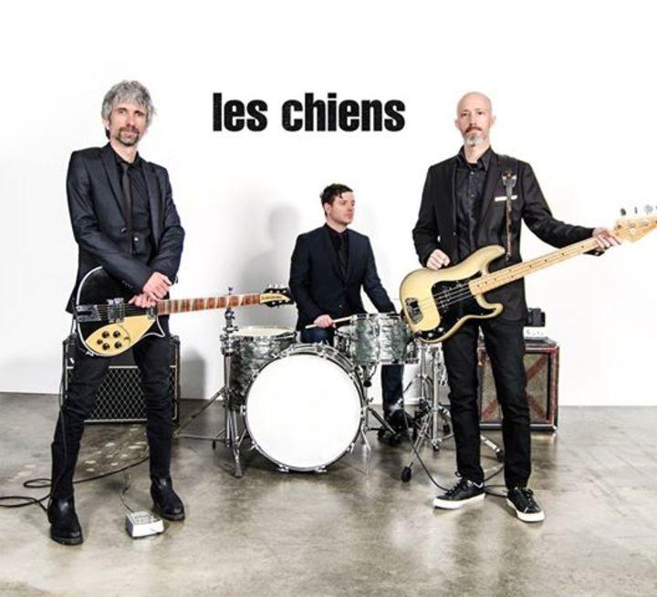 Les Chiens Tour Dates