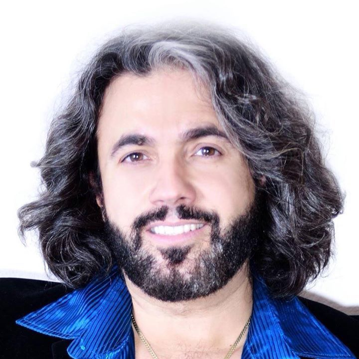 Bee Gees Gold Tribute Starring John Acosta as Barry Gibb Tour Dates