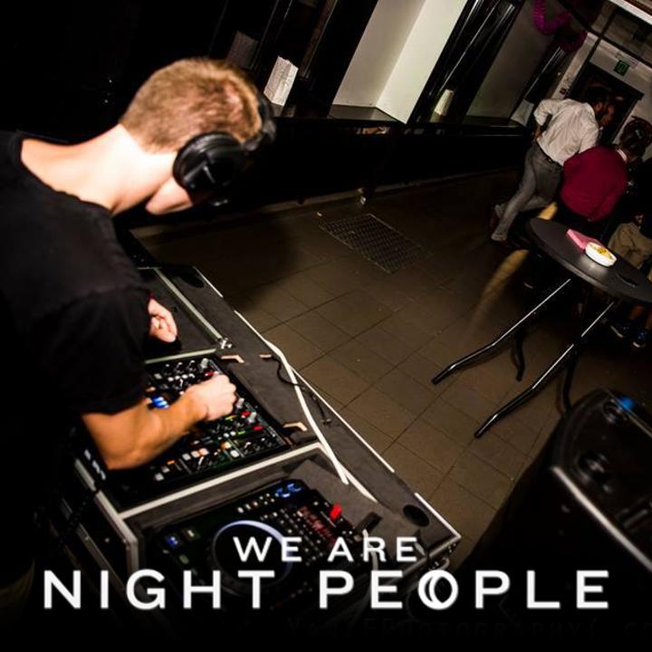 DJ drikke Tour Dates