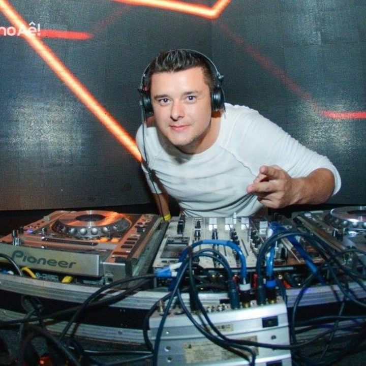 DJ Eduardo Brambila Tour Dates