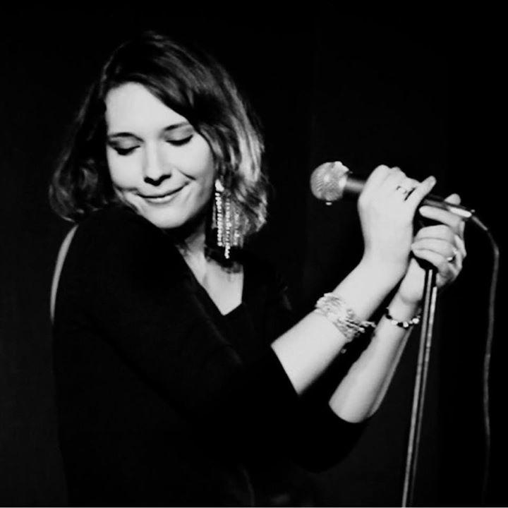 Mónica Zuloaga Tour Dates