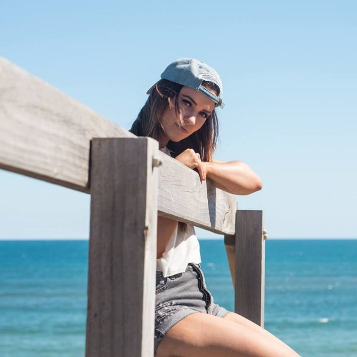 Kate Foxx @ Foreshore Festival - Saint Kilda, Australia