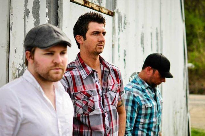 Tyler Moore Band @ Smoke Justis  - Covington, KY