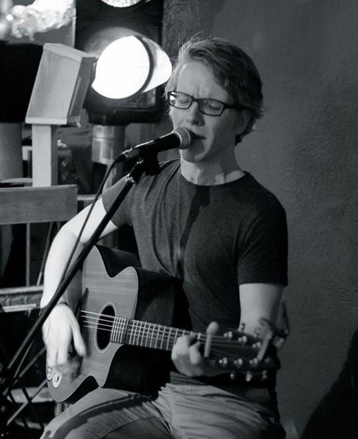 Tobias Velke Tour Dates