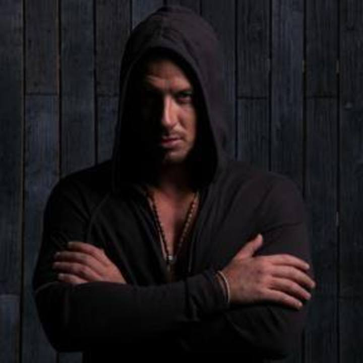 Vastag Csaba hivatalos oldala Tour Dates