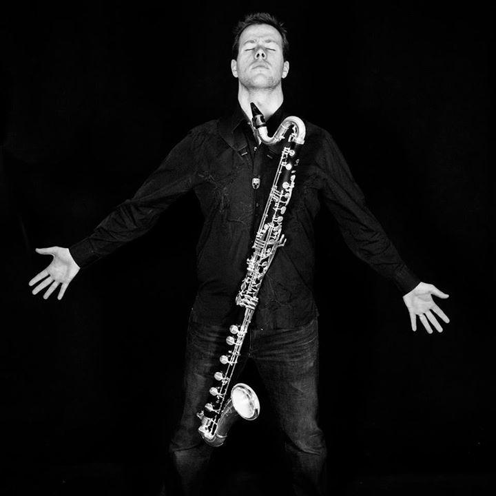 Florian Valloo music Tour Dates