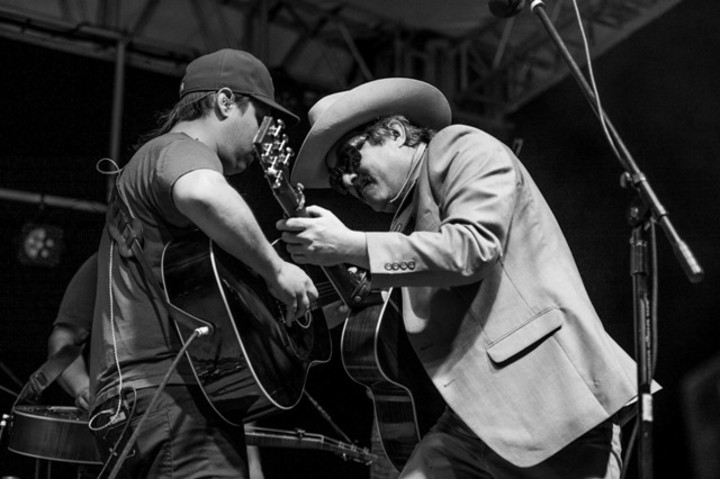 Larry Keel @ Music Farm Columbia - Columbia, SC