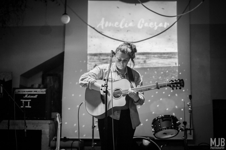 Amelia Caesar @ Fiddler's Elbow - Brighton, United Kingdom