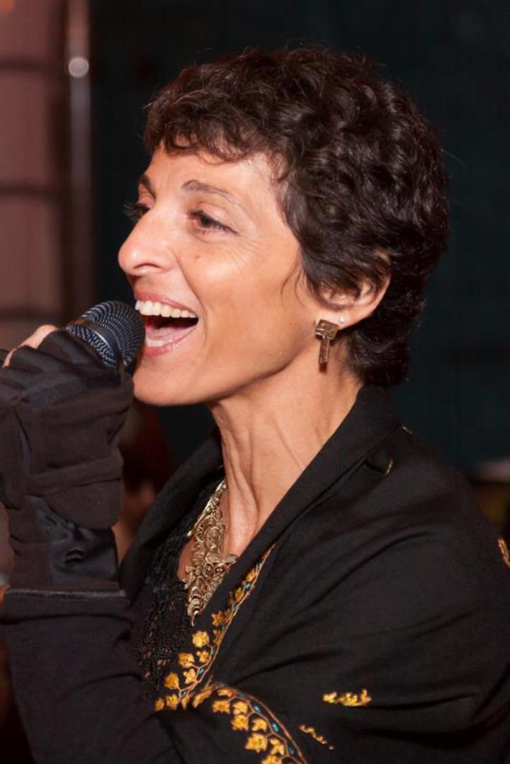 Julie Slim @ The Skylark Lounge - Austin, TX
