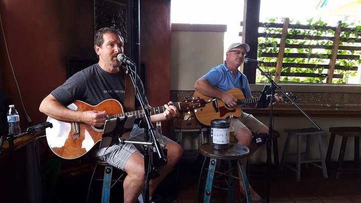 Barefoot Bobby and the Breakers @ Plumsteadville Inn 7:00pm-11:00pm (Tom and Bill Duo) - Pipersville, PA