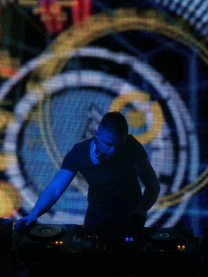 DJ Versus Tour Dates