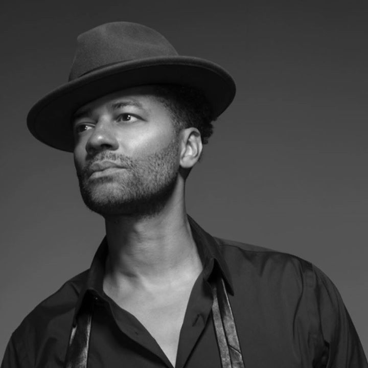 Eric Benet @ Robinson Performance Hall - Little Rock, AR