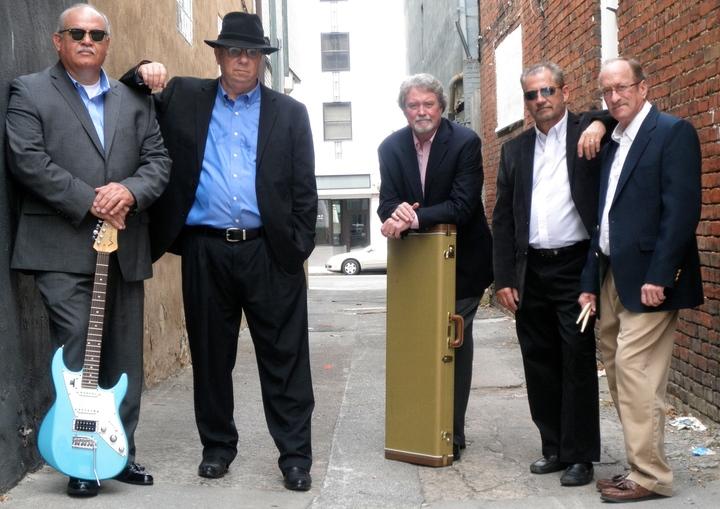 A band called Stone Canyon @ Mariners Landing - Huddleston, VA