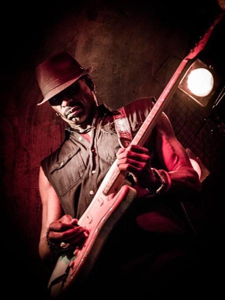 Dennis Jones Band @ Kobe Steakhouse - Seal Beach, CA