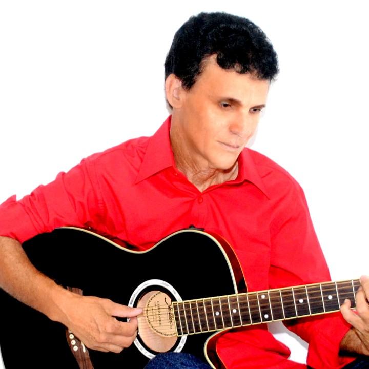 André Gian -Cantor Gospel @ Vigilhão da Madrugada em Caraguatatuba-SP - Sao Paulo, Brazil