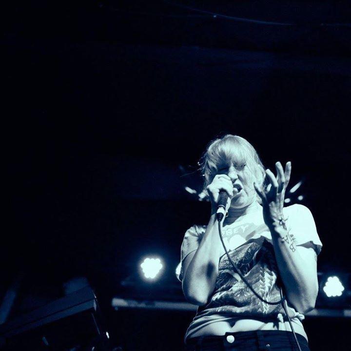Chloé Watkinson Tour Dates
