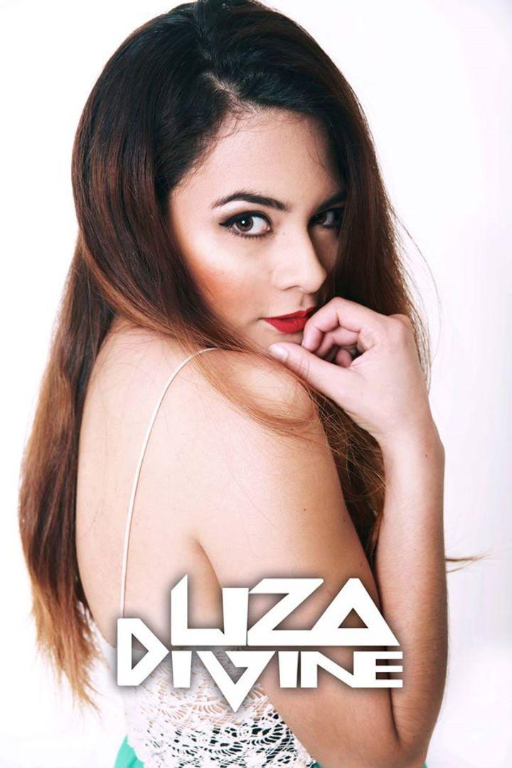 Liza Divine Tour Dates