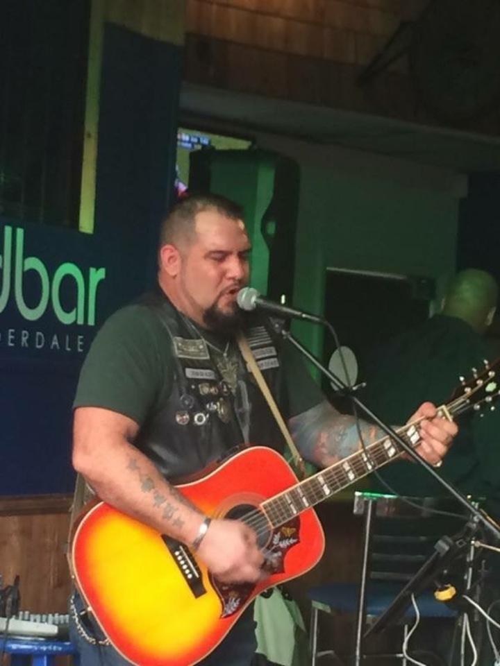 ROB HAMM @ Woodys River Too - Ellenton, FL