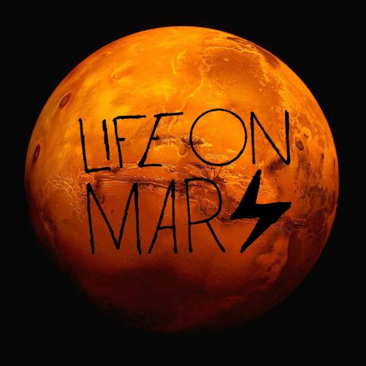 Life On Mars: A Tribute To David Bowie @ Tarara Winery  - Leesburg, VA