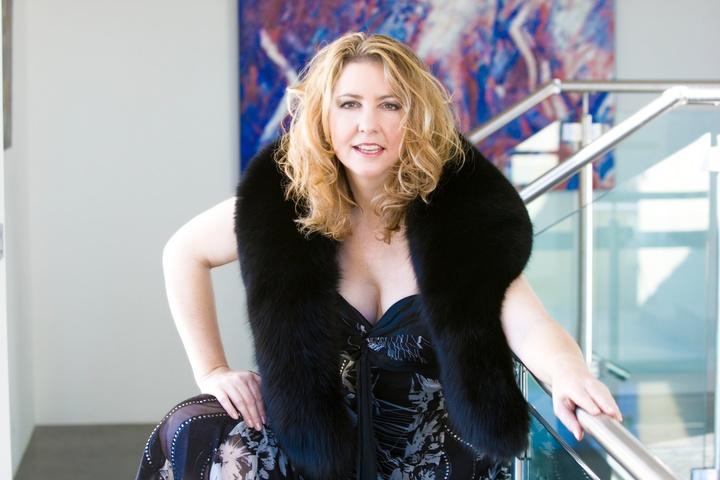 SALLY NIGHT : Performer, Singer, Songwriter & Recording Artist Tour Dates