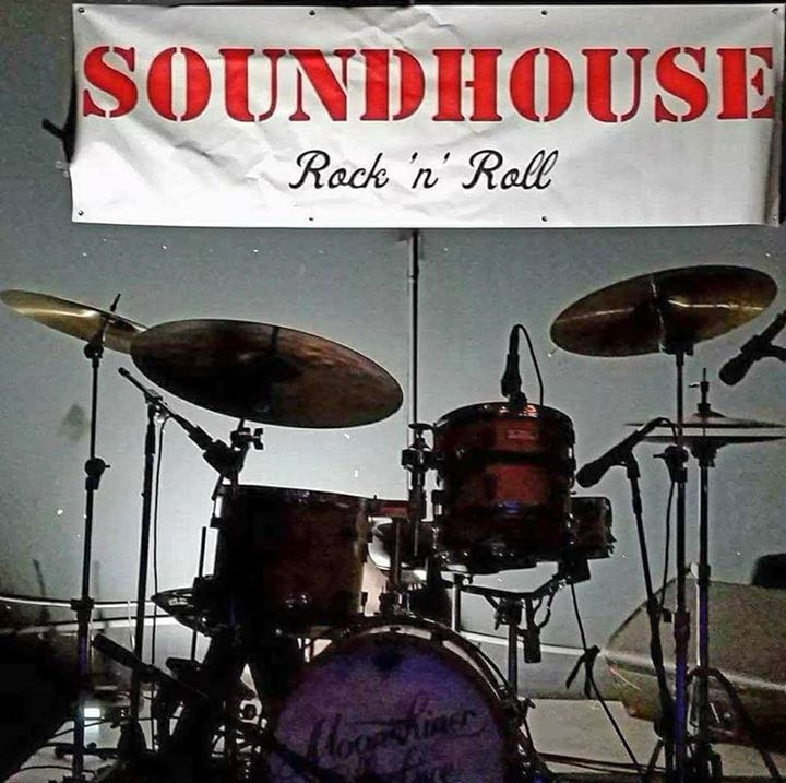 Soundhouse @ Pine Street Salolon - Paso Robles, CA