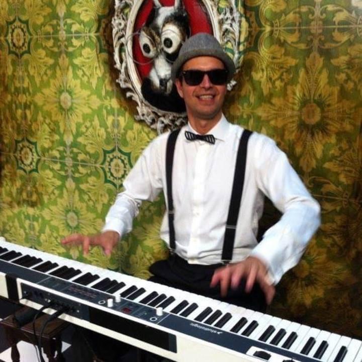 Charlie Mancini : Silent Film Accompanist Tour Dates