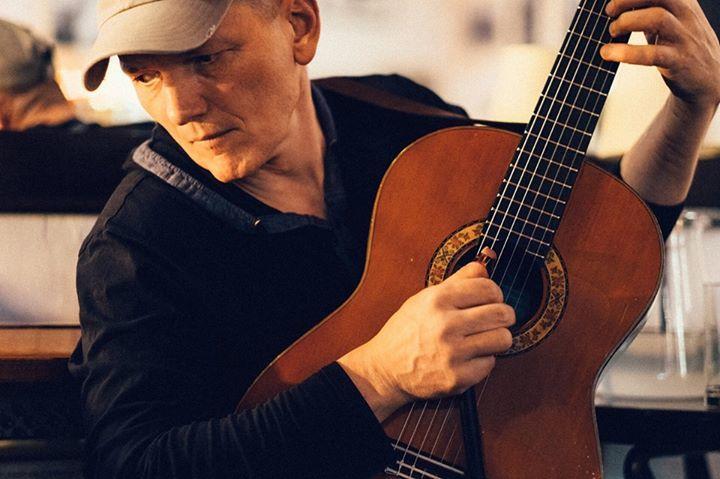 Stanislav Počaji -guitarplayer @ Music a Cafe - Nitra, Slovakia