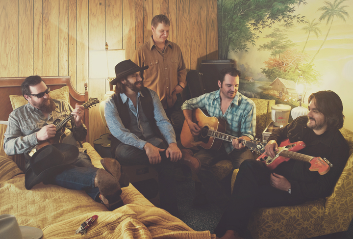 Reckless Kelly @ The Groove Music Hall - Woodford, VA
